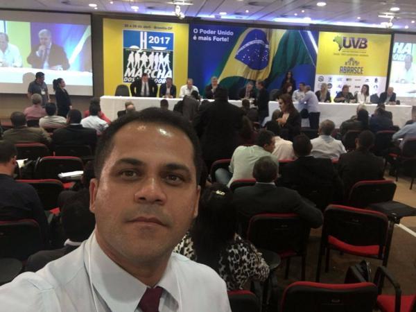 Edson Silva participa da Marcha dos Vereadores em Brasília