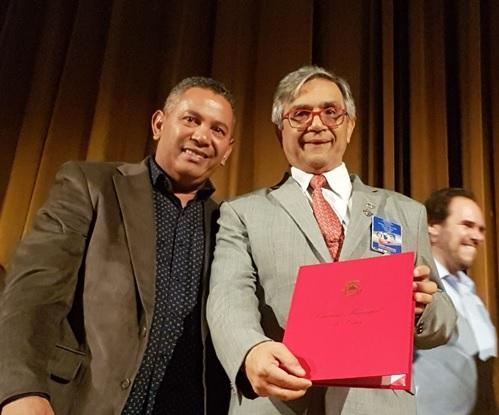 Paulinho Lenha recebe homenagem do Rotary Club