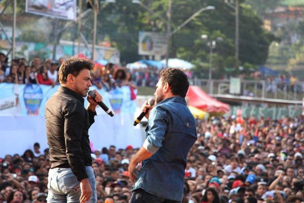 Festa do Trabalhador reúne milhares em Carapicuíba