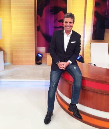 João Kléber renova por mais dois anos com a RedeTV!: 'Confiança no meu trabalho e autonomia'