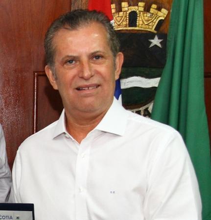 COTIA: Câmara rejeita contas de ex-prefeito Carlão Camargo