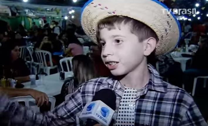 Juizado define regras para permanência de menores em Festas Juninas